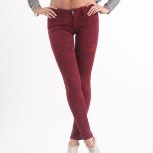 BULLHEAD BLACK red animal print spotted jeans